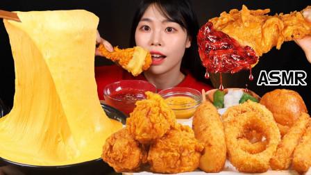 """韩国ASMR吃播:""""自制的土豆芝士+炸鸡+热狗棒+洋葱圈+火鸡面"""",听这咀嚼音,吃货欧尼吃得真香"""