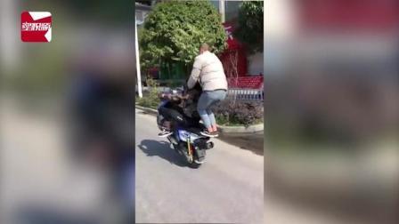 3月28日,广西三江县局通报一起刚刚破获的盗窃摩托车案,22日,市民杨先生报警称,其停放在小区里的一辆燃油助力车不见了。通过天网监控视频,最终锁...