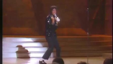 MJ太空步首次空降,封神时刻轰动现场