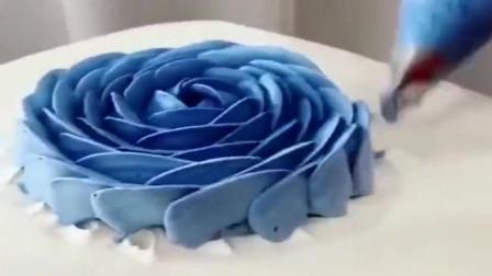 上海蛋糕师一样的蓝色妖姬,创意感满满,用这一招实用又不花钱