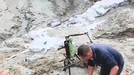 大爷真的是人才啊,居然想出用这种东西来排沙,太厉害了!