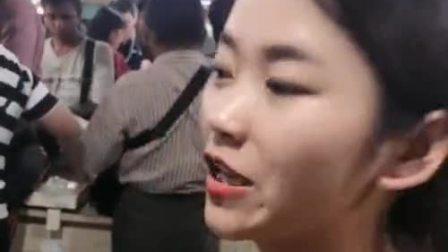 缅甸老板娘,小伙看到老板娘直言这什么造型?