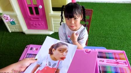 小小画家给客人画画!很多客人都不满意她!萌娃欢乐趣事多!