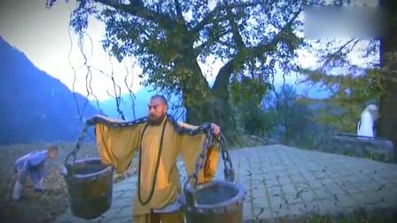 少林小子偷学武功,方丈想要废了他,哪料却造就了一位武功人才