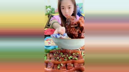 吃播广东小姐姐作死挑战,油腻五花肉一口吞,看着就过瘾