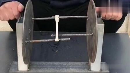 小伙发明的拉面神器,成本低效率高,可以申请专利了!