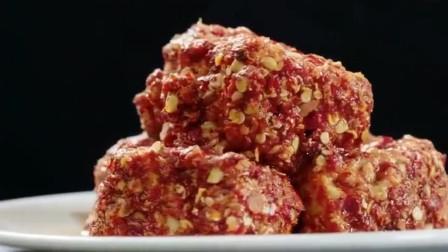 舌尖上的美食:你吃过湖南的腐乳吗?外皮裹上一层辣椒,入口浓香让人爱不释手
