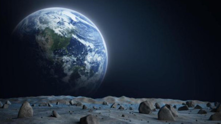40亿年分毫不差!谁把月背固定朝着地球的?还有一种解释更可怕