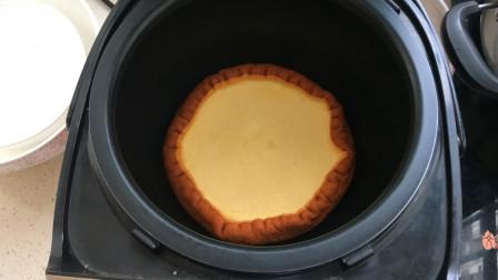 第一次做蛋糕,蛋清都打发了为什么蛋糕不蓬松?