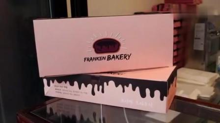 新鲜出炉的巧克力布朗尼
