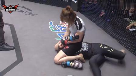 韩国美女上擂台秒变母老虎!骑着对手头一顿猛锤,揍得她怀疑人生