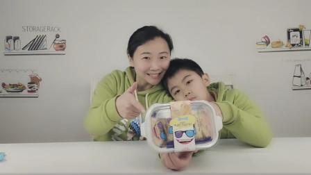 """母子试吃台湾特产""""松塔千层酥"""",白巧克力裹着巴旦木,太美味"""