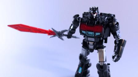 玩具开箱:自动变形的暗黑擎天柱!孩之宝变形金刚天元暗黑擎天柱