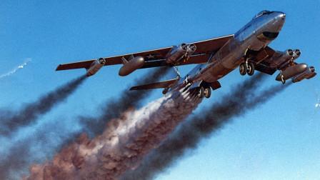 70吨重战机装上33枚火箭,一齐喷射有多猛?100米内就能起飞