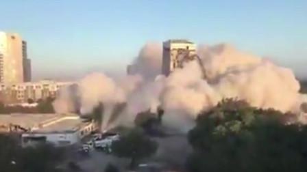 """美国大楼爆破失败,铺天盖地烟尘中惊现""""比萨斜塔"""""""