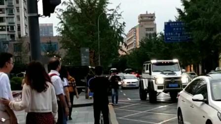 东北渣男大队集体出街,这么多豪车你见过吗?