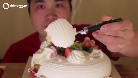 吃播:这个吃法真香,韩国顶级私人定制蛋糕,入口即化真舒服
