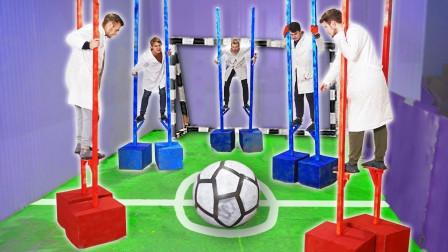 踩高跷踢球是种怎样的体验?国外小伙亲自尝试,结果笑的停不下来