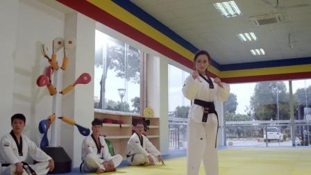 超能学长 会跆拳道的个性女神