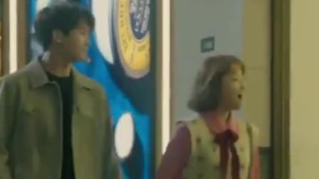 韩剧:奉顺和代表甜蜜问候,吃个巧克力都这么甜