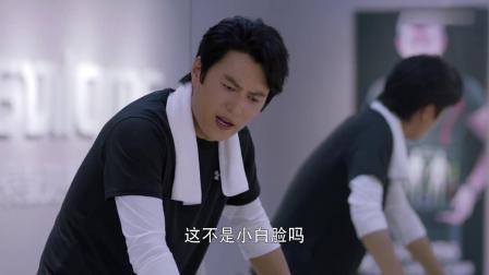 岁月:靳东调侃自己是小白脸,谁知李乃文霸气怼回:你是中白脸!