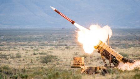 100枚导弹射向敌机无一命中,4亿元打水漂,军事顾问气得拔枪