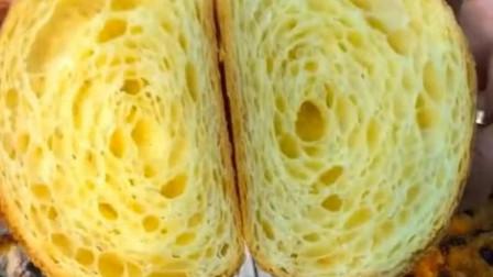 颜值爆表的面包, 福建美女一刀切下去,不喜欢吃面包的我都馋了