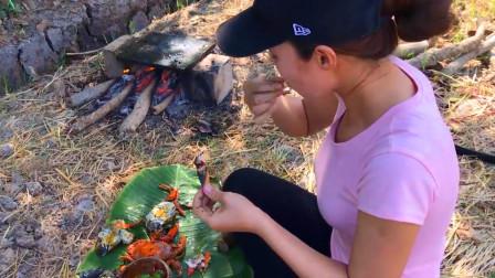 抓到了大螃蟹,做石板烧蟹肉鲜味美,一次吃两只,太过瘾了