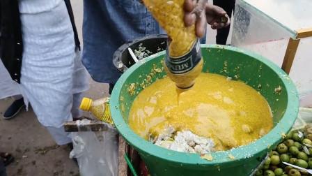 难道这才是香蕉的正确打开方式?加上辣椒糖捣成酱,在印度很火呐