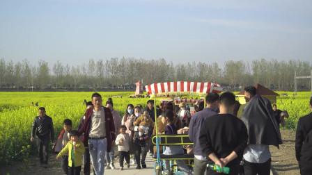 中国沭阳万亩油菜花海景区 观光人山人海车辆拥堵 我走几十公里路去看