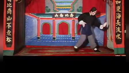 好羞耻!原来甄子丹三十多年前就在古装电影里跳过街舞