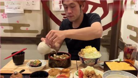 日本大胃王,吃金枪鱼盖饭,烤肉盖饭,鸡肉盖浇饭,吃得太过瘾了。