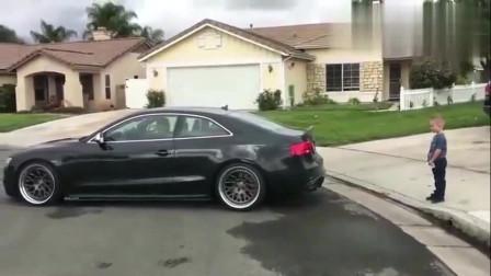 哈哈哈哈,父亲开车给孩子拔牙