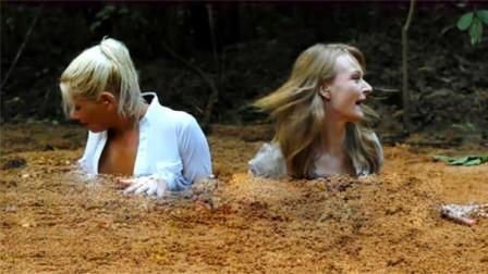 流沙真的会吞噬人吗?外国美女亲测,下一秒意外发生!