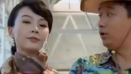 夫妻那些事:美女套路深,黄磊偷看宝妈被发现,这下尴尬了