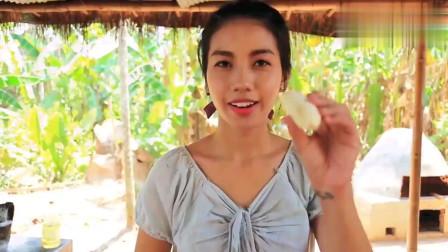 农村美女教你如何制作香蕉面包食谱,看起来就好有食欲