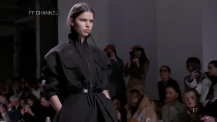 2020伦敦时装周Kristina Fidelskaya品牌时装秀,我对这种气质的模特没什么好感!