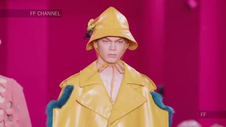 2020洛杉矶时装周Maison Margiela全新时装秀,模特化身时尚性感小女人!