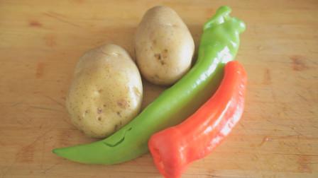 大厨指导的酸辣土豆丝口感就是不一样 放醋的时机太重要了