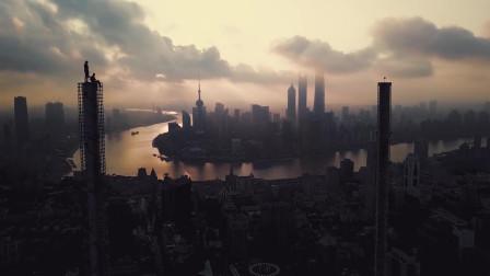 城市边缘人到上海旅行从城市到大自然的过渡这才是真正的我