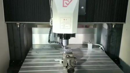 鼎亿精机熔喷布模具0.2mm孔精雕机, 提供加工技术方案, 现场调试