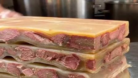 谁能解释一下,这到底是什么肉看着都想咬一口