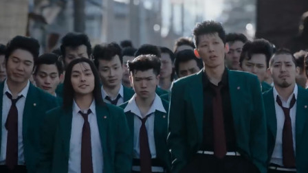 贺来贤人主演的电影《我是大哥大》发布预告片