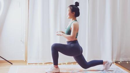 塑臀瘦腿一起练,四个弓步蹲的动作,简单又实用