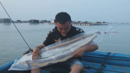 福建渔民开直播卖货:马鲛鱼松、虾皮粉,近100种海鲜干货随你挑