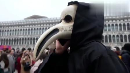 看意大利人是如何应对疫情的,不知道的人还以为是万圣节!