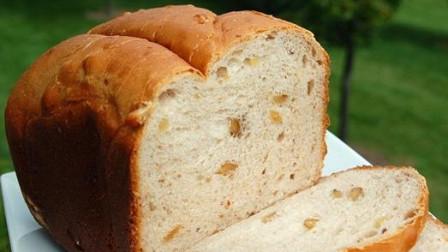 超简单的吐司面包,在家三天两头做,柔软拉丝配方简单