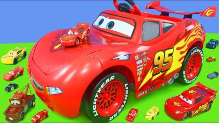 汽车玩具车游戏:赛车总动员闪电麦坤炫酷漂移大比拼,太炫酷了!