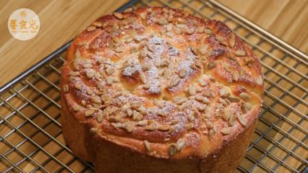 比吐司还好吃的炼乳面包,吃一口你会爱上,浓浓奶香味,柔软蓬松