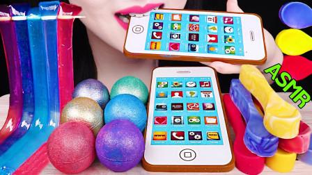 """韩国ASMR吃播:""""可食用的苹果手机+星球果冻软糖+可食用的汤匙+果冻面条"""",听这咀嚼音,吃货欧尼吃得真馋人"""